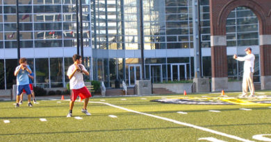 QB Coach Sets Holiday Youth Camps at Jesuit