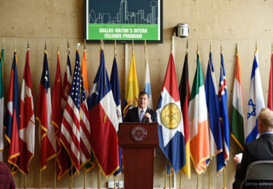 Dallas Mayor Urges Companies to Join Intern Program