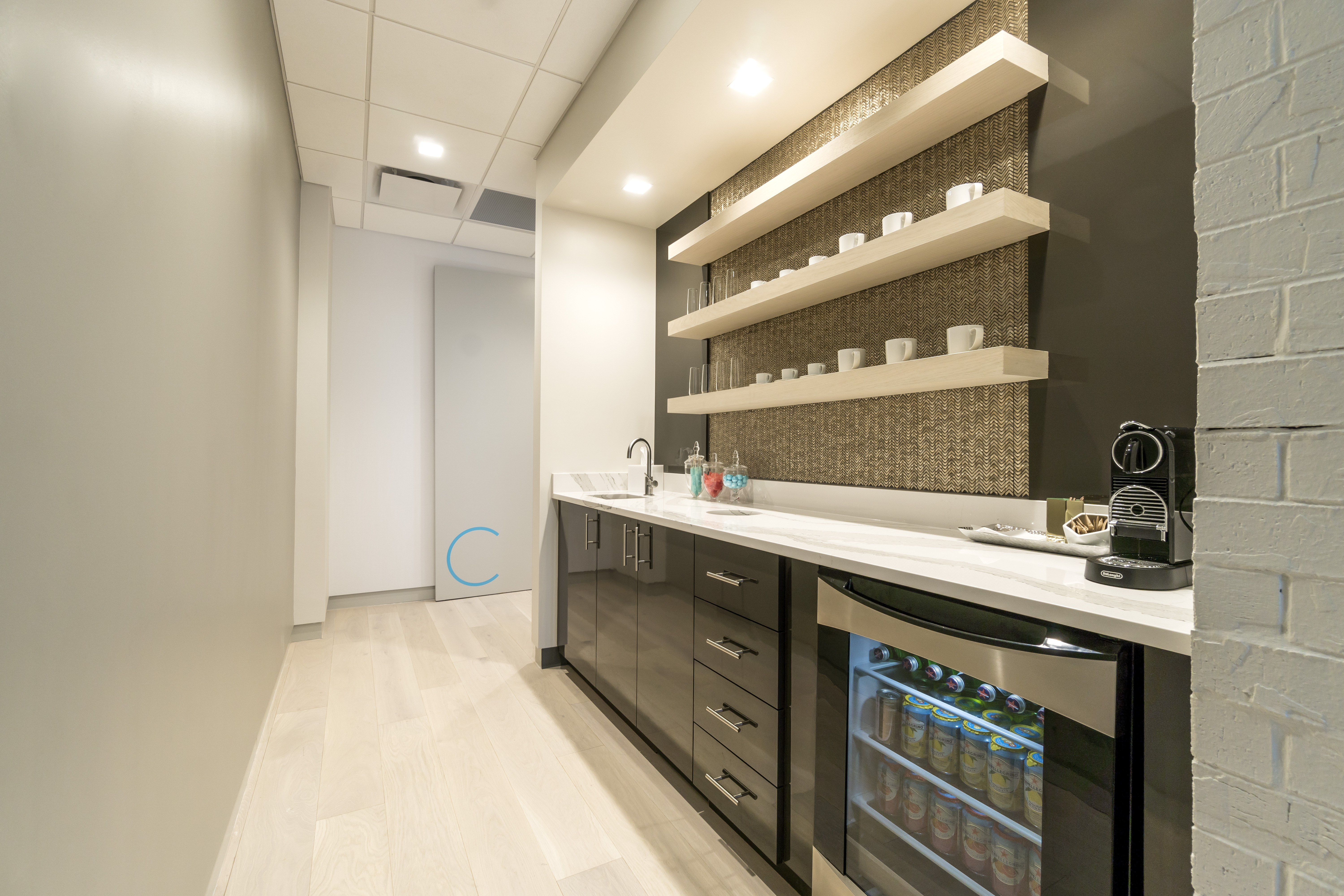 Modern Medical Cosmetic Boutique Opening in Turtle Creek | Preston
