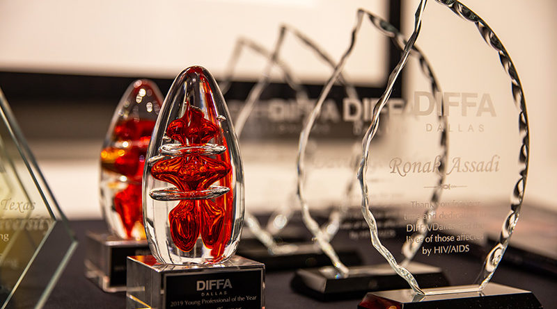 GALLERY: DIFFA Grants Funds for North Texas AIDS