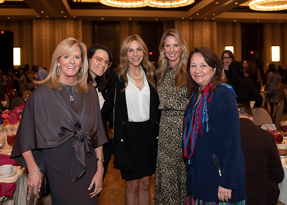 Amy Crafton, Chelsea Holden, Natalie John, Keana Meyer, and Texas First Lady Cecilia Abbott