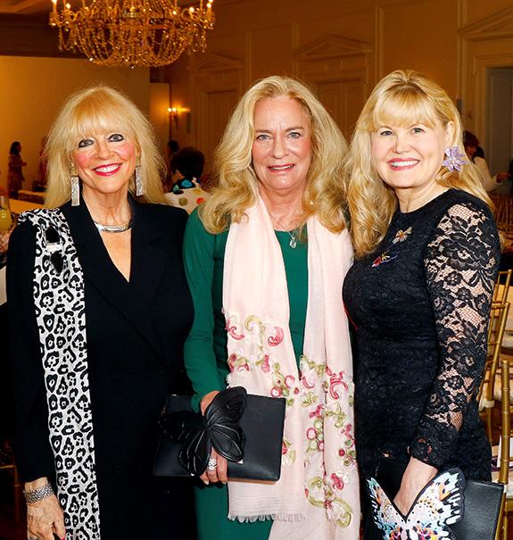 Lynn Townsend Dealey, Community Award honoree; Andrea Alcorn, and Regina Bruce