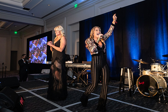 Erica Greve and Taylor Dayne