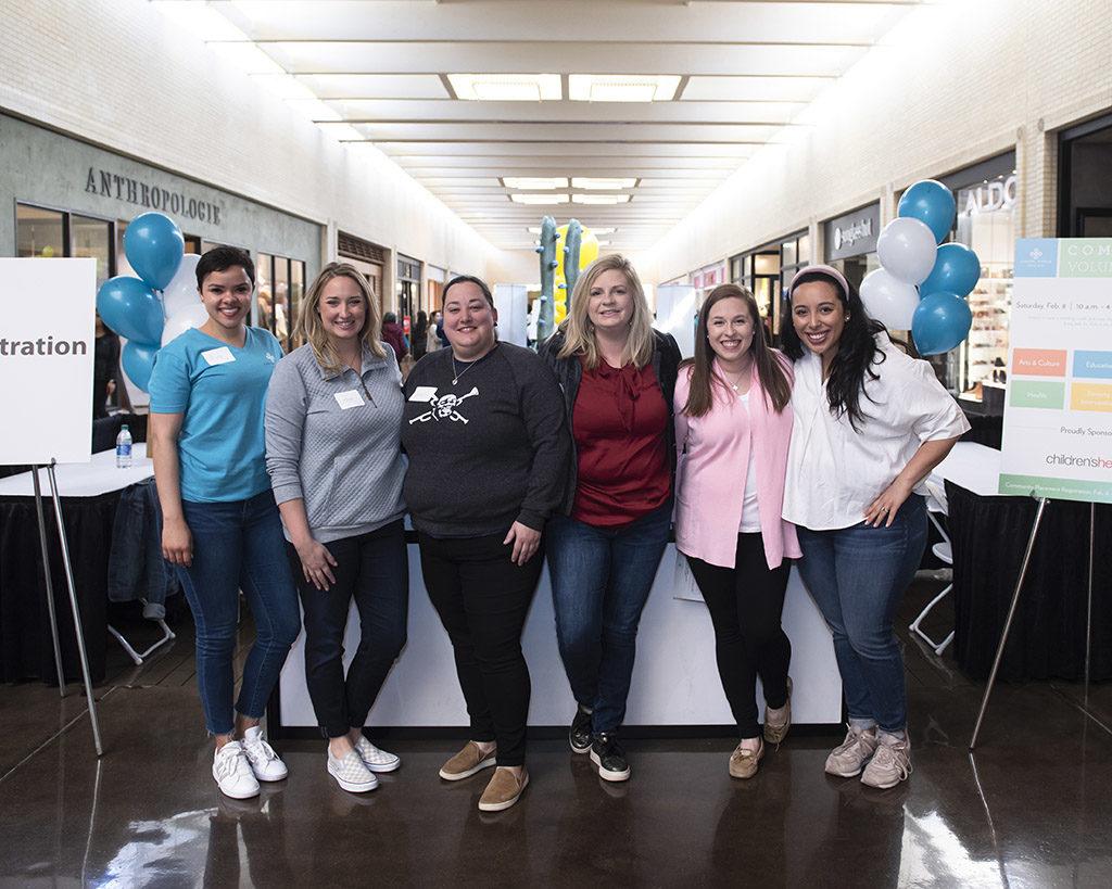 JLD Volunteers Aïda Fromknecht, Lindsay Bomar, Sheridan Lewis, Rachael Gloger, Lauren Depasquale, and Cara Cruz