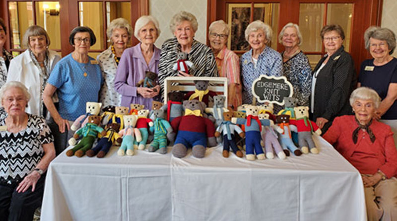 Knitting 'All the Rage' Again For Edgemere Neighbors