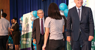 Dallas ISD Honors 200 Future Teachers