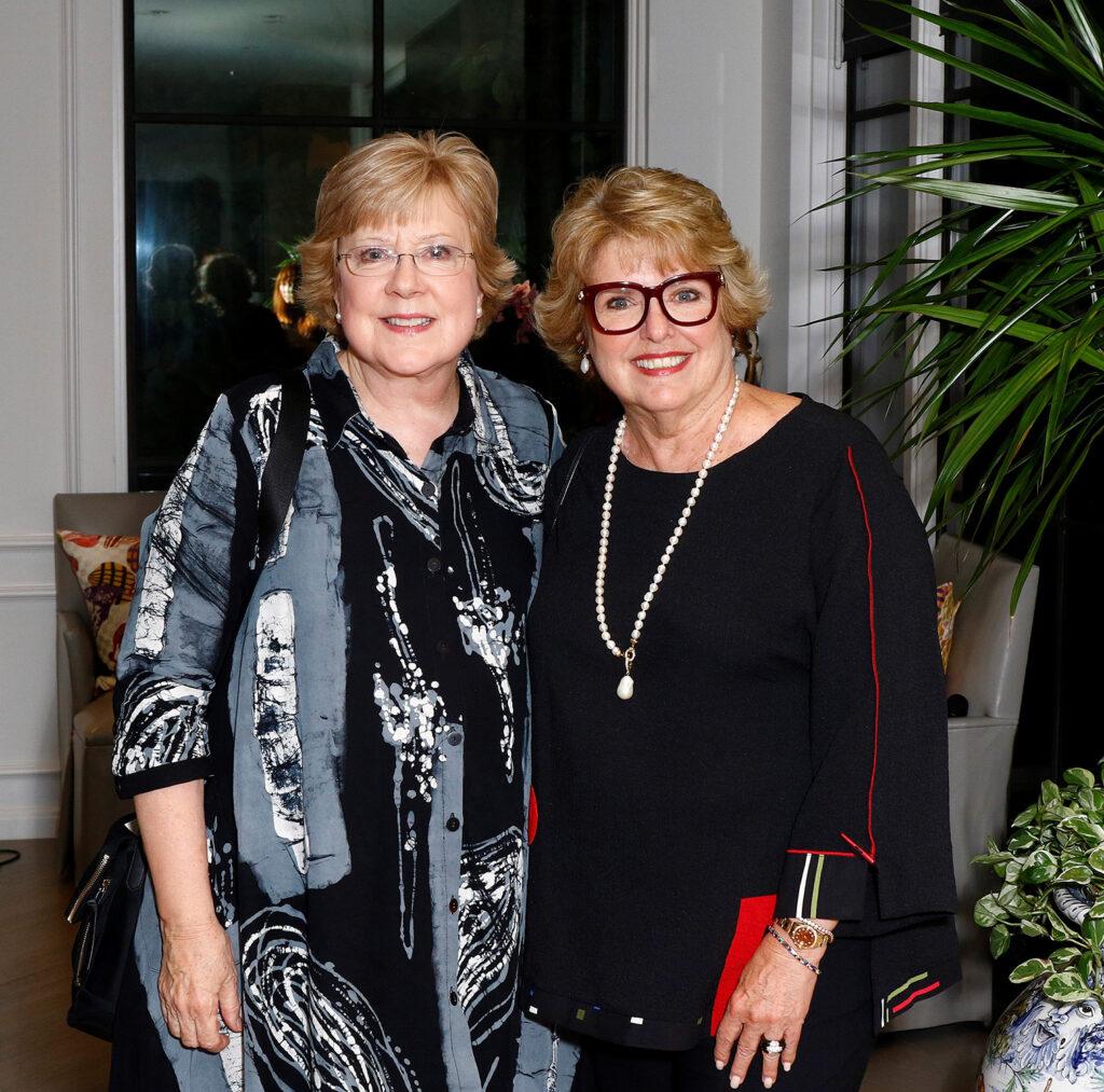 Barbara Glass, 2020-2021 President with Carol Stabler