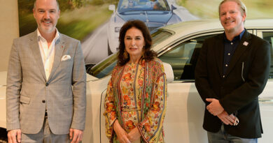 Rolls-Royce Celebrates McDonald's Franchisee's Success