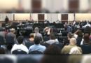 Despite Angry Crowd, Dallas ISD Trustees Back Hinojosa